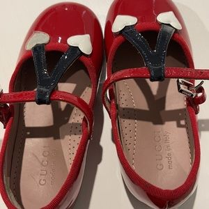 Gucci girls shoes size 6